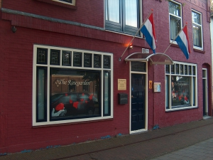 Ylona Meeuwis, de eigenaresse van club The Rosegarden in Den Helder